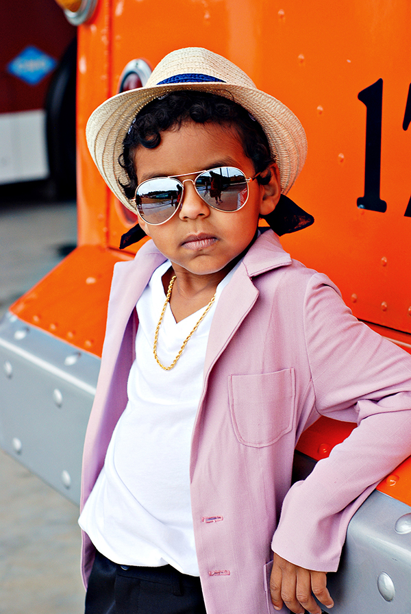 'Uptown Funk' Video DIY Bruno Mars Halloween Costume