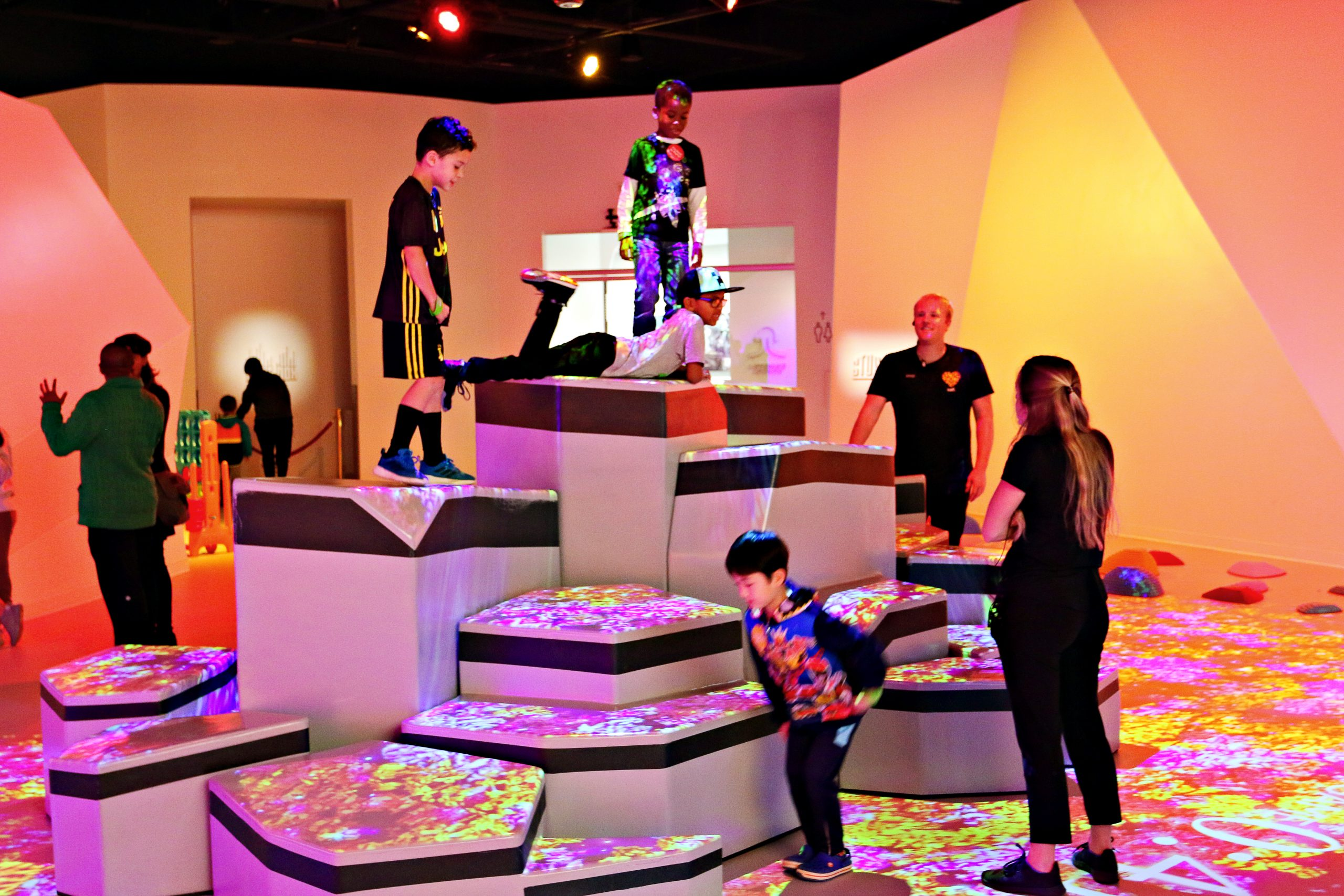 Kids playing at Kefi, a unique and innovative play space in Buckhead Atlanta.